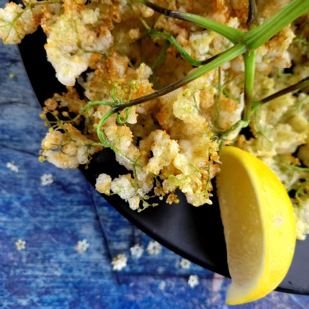 Elderflower fritters - a crunchy springtime treat!